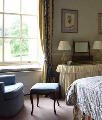 The Duc De Berry Suite bedroom at Hartwell House