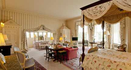 Country House Hotel Royal Four Poster Hartwell House Room 12